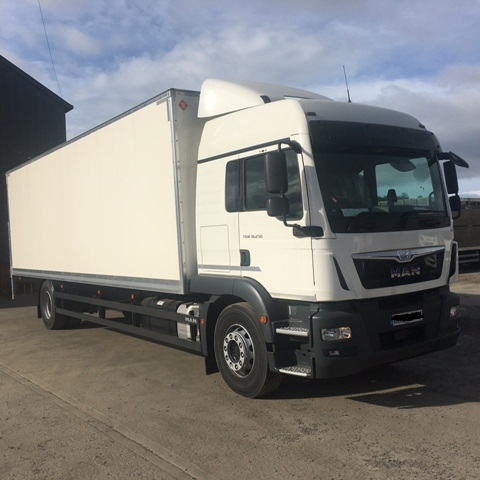 2016 MAN TGM 18-250 SLEEPER 26FT BOX VAN